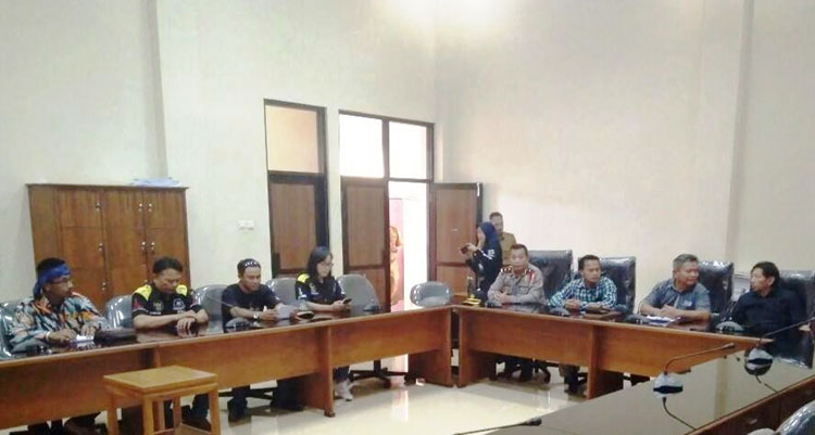 Audiensi Gmbi Ke Dprd Kota Tasikmalaya