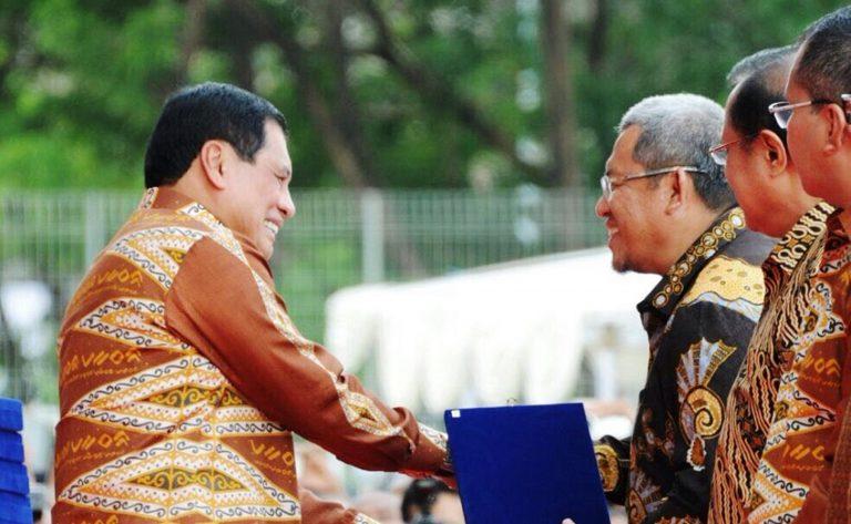 Gubernur Jabar, Aher mendapat penghargaan dalam peringatan Hari Koperasi Nasional