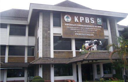 KPBS Pangalengan Bandung merupakan satu dari 4 koperasi di Jabar yang mendapat anugerah Satya Lancana Wirakarya dari Presiden Jokowi pada peringatan Hari Koperasi Nasional