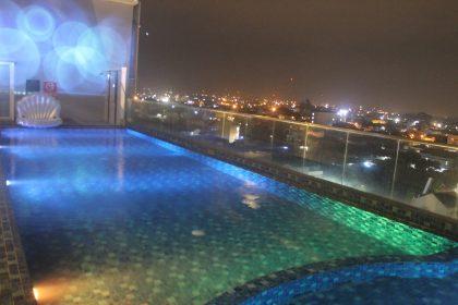 Kolam renang di area SKY8 Hotel Horion Tasikmalaya