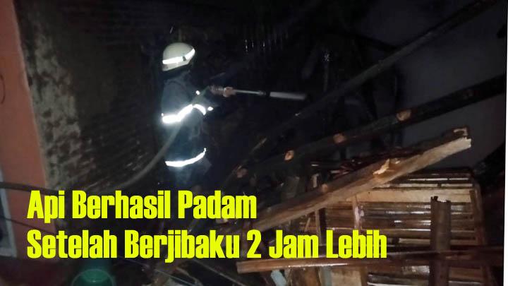Koropak.co.id - Akibat Bakar Sampah, Satu Rumah Hangus Terbakar (3)