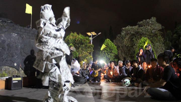 Koropak.co.id - Aksi Solidaritas Pewarta Diwarnai Pentas Seni (2)