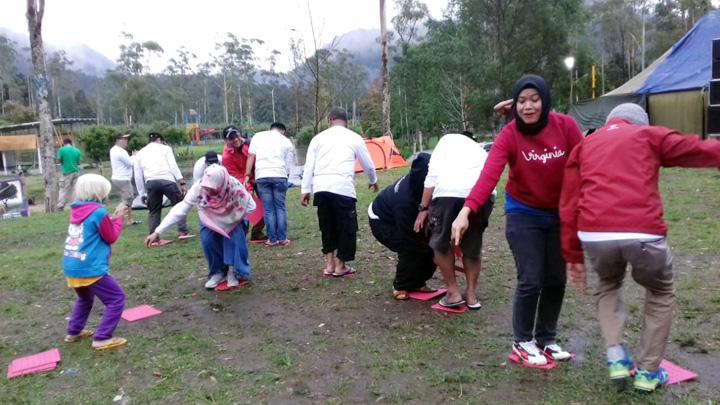 Koropak.co.id - Alumni 1990 SMAN 1 Tasikmalaya Reuni Dalam Outbound Ceria (3)