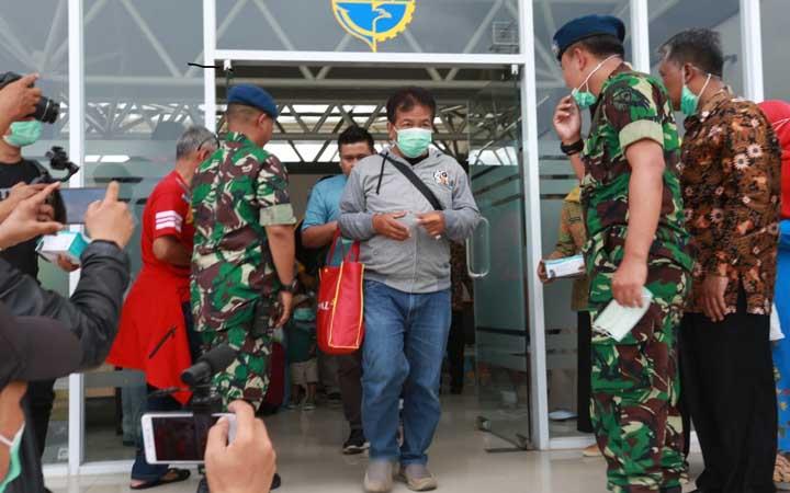 Koropak.co.id - Antisipasi Penyebaran Corona, Dinkes Tasikmalaya Bagikan Masker (2)