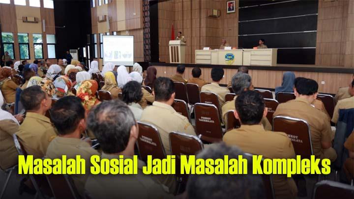Koropak.co.id - Atasi Permasalahan Sosial, Dinsos Kota Tasikmalaya Mesti Berkoordinasi (2)