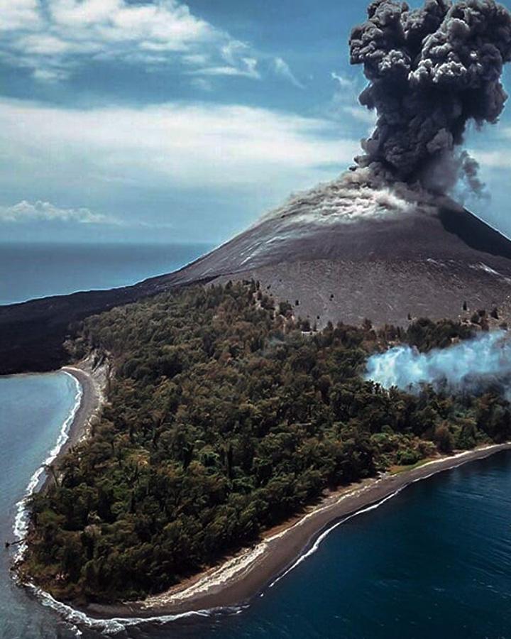 Koropak.co.id - Benarkah Krakatau Penyebab Gelombang Tsunami Selat Sunda (3)