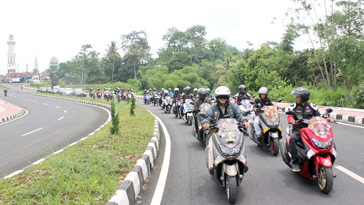 Koropak.co.id - Bikers Tasikmalaya Ramaikan Pencalonan Ujang Sukmana