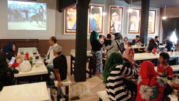 Koropak.co.id - Bioskop Nusantara, Spot Asyik Makan Bakso dan Nostalgia