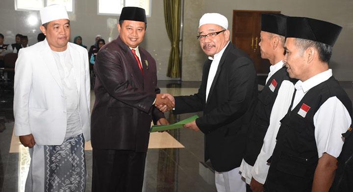 Bupati Tasikmalaya Ingatkan Status Kewarganegaraan Jemaah Haji