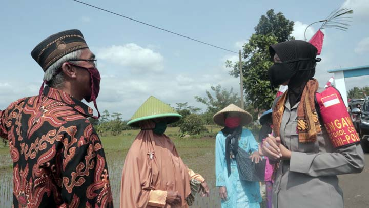 Koropak.co.id - Bupati Tasikmalaya Resmikan Lembur Tohaga Lodaya Polres Tasikmalaya  (2)