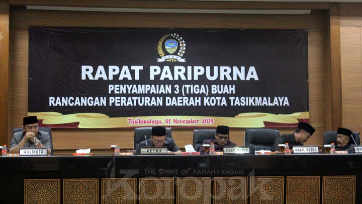 Koropak.co.id - Dewan Terima Usulan Raperda ABPD Kota Tasikmalaya Tahun 2020 (2)