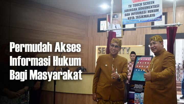 Koropak.co.id - Di Hari Jadi, Walikota Bagikan Penghargaan dan Bantuan RTLH (2)