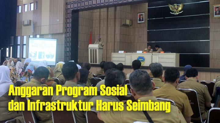 Koropak.co.id - Dinas Sosial Kota Tasikmalaya Diskusi Bersama Kelurahan (1)