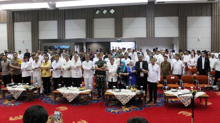 Koropak.co.id - Enam Kepala Daerah Komitmen Tingkatkan Pariwisata Dengan Kebudayaan (3)