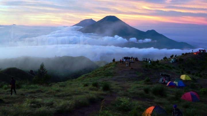 Koropak.co.id - Gunung Prau Magnet Para Pendaki 3
