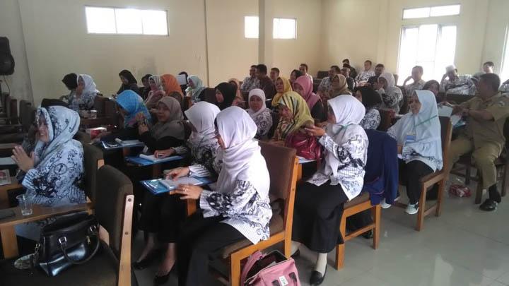 Koropak.co.id - Guru Diberikan Edukasi Berbasis Daya Pikir Tingkat Tinggi (2)
