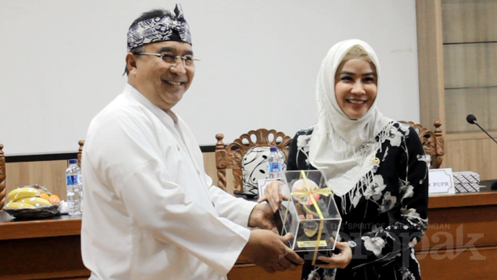 Koropak.co.id - Hj Nurhayati Harapkan Tasikmalaya Bebas dari Kekumuhan  (3)