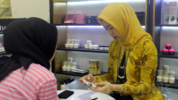 Koropak.co.id-Hoax Perawatan Facial Menularkan Virus HIV (2)