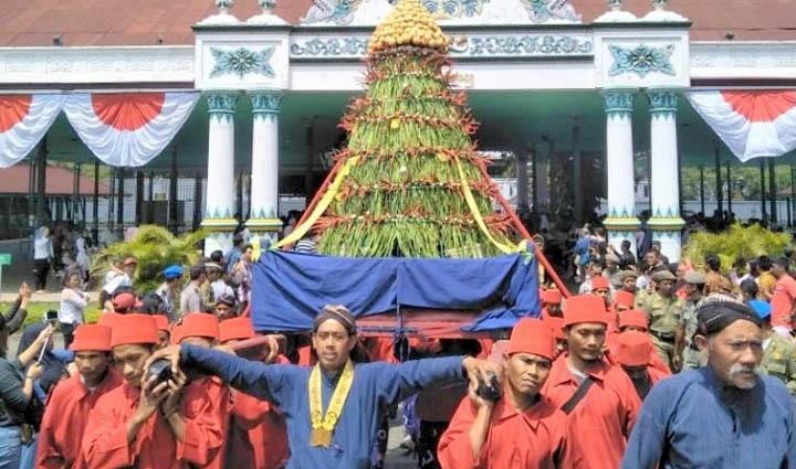 Koropak.co.id - Inilah Tradisi Unik di Indonesia Saat Hari Raya Iduladha 2