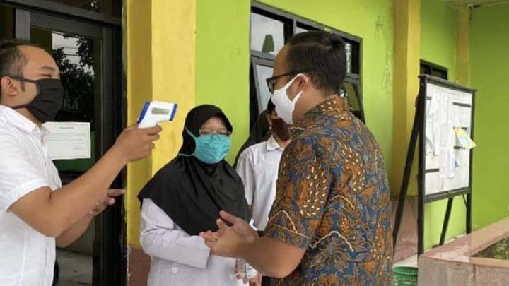 Koropak.co.id - Jawa Barat Berlakukan 100 Persen AKB Setelah Berakhir PSBB
