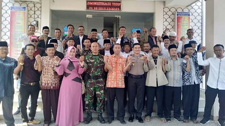 Koropak.co.id - Jelang Pilkades, Tokoh Masyarakat di Garut Gelar Deklarasi Damai (1)