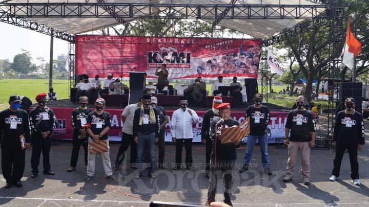Koropak.co.id - KAMI Wilayah Priangan Timur Gelar Deklarasi Di Taman Makam Pahlawan