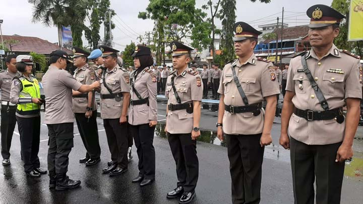 Koropak.co.id - Kapolres Tugas Berat Di Depan Mata, Para Pejabat Segera Menyesuaikan Diri (2)
