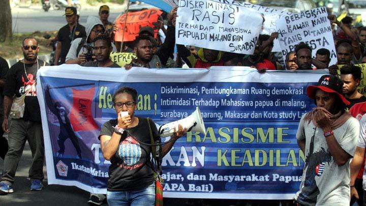 Koropak.co.id - Kasus Rasialisme Mahasiswa Papua, Polisi Periksa 16 Saksi (2)