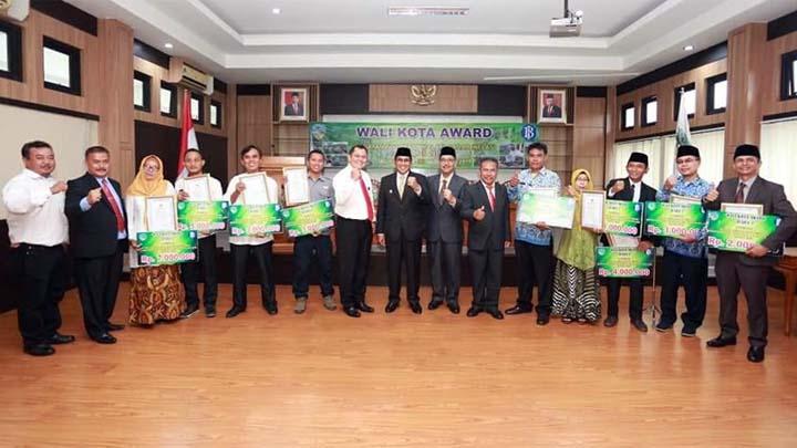Koropak.co.id - Kelompok Wanita Tani Cibeureum Raih Juara Kelompok Sadar Inflasi (2)