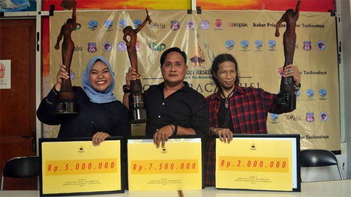 Koropak.co.id - LBP Antar-Master Se-Indonesia Menjadi Tolok Ukur Nilai Sastra (2)