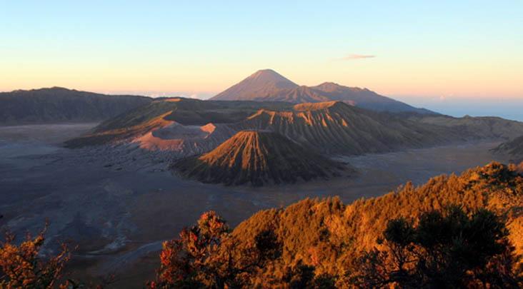Lima Gunung Terbaik di Indonesia!