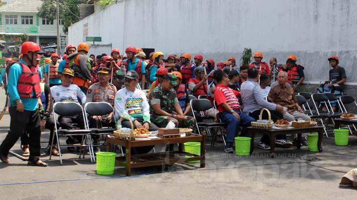 Koropak.co.id - Masyarakat Mesti Ikut Andil Lestarikan Sungai Ciwulan (2)