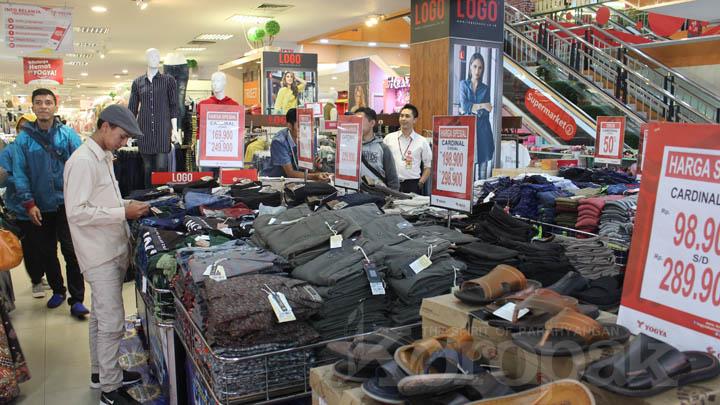 Koropak.co.id - Mega Fair Cardinal Family Hadirkan Koleksi Busana Fashionable (3)