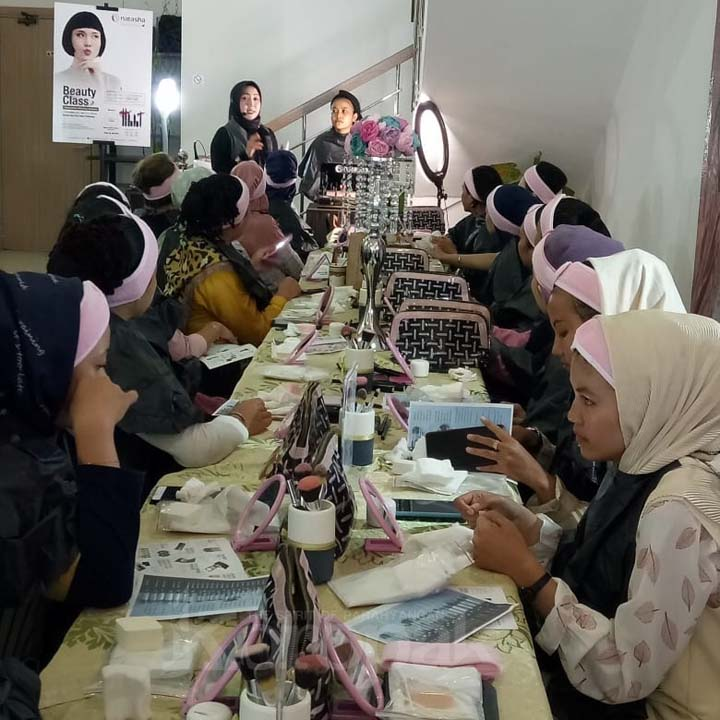 Koropak.co.id - Natasha Skin Care Tasikmalaya Kenalkan Produk Makeup Series (2)