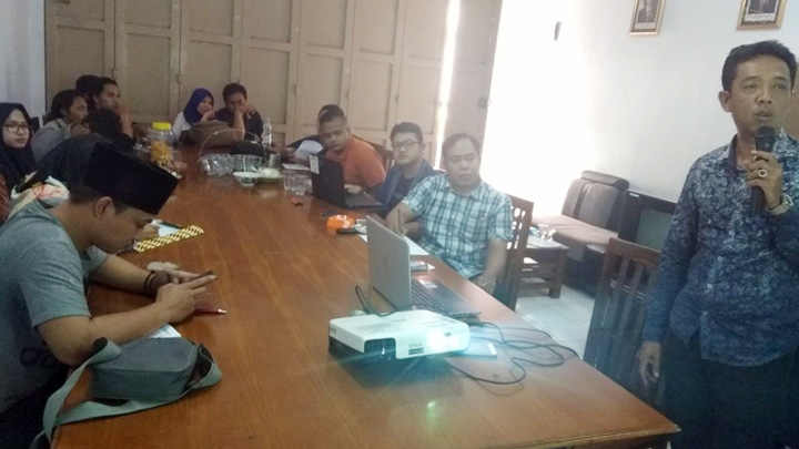 Koropak.co.id - OBH Akan Adukan Bupati Tasikmalaya Ke Presiden Joko Widodo (2)