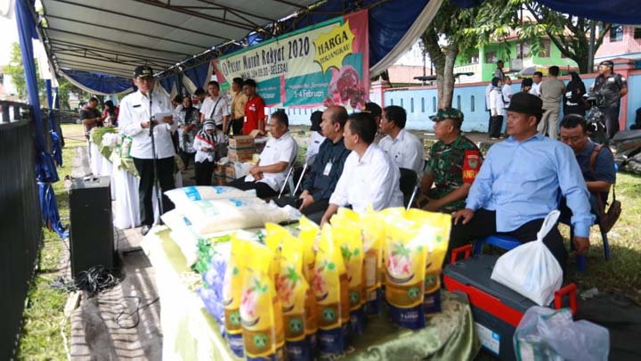 Koropak.co.id - Pasar Murah Rakyat Bantu Stabilkan Harga Pangan di Pasar (2)