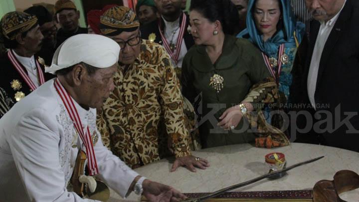 Koropak.co.id - Pecah! Pameran Keris Terbanyak di Wonogiri Tembus Rekor Dunia (2)