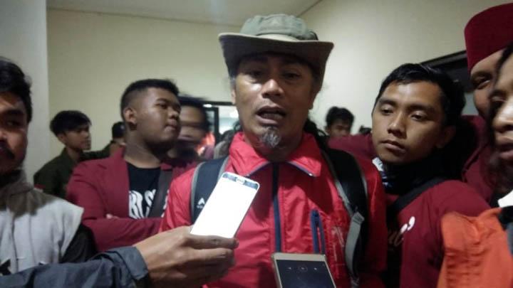 Koropak.co.id -Pencemaran Sungai Ciwulan Tasikmalaya Harus Diusut Tuntas (3)