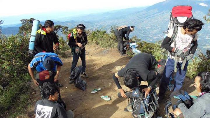 koropak.co.id -  Perbedaan Pendaki Jaman Old dan Pendaki Jaman Now (2)