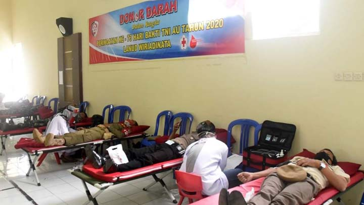 Koropak.co.id - Peringati Hari Bakti TNI AU Ke-73, Lanud Wiriadinata Gelar Donor Darah