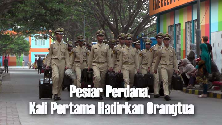 Koropak.co.id - Pesiar Perdana, Bentuk Penghargaan Bagi Taruna Poltekpel Banten (2)
