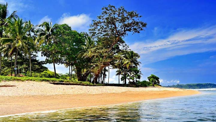 Koropak.co.id - Pesona Pantai Karapyak, Mutiara di Pesisir Barat Pulau Jawa (1)