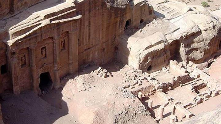 Koropak.co.id - Petra, Kota Hilang di Tanah Yordania (3)