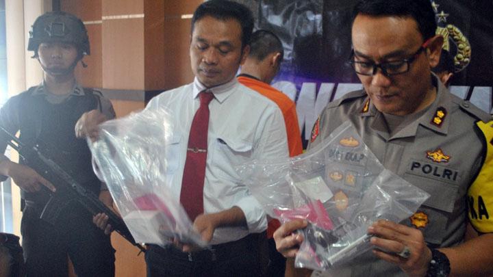 Koropak.co.id - Polisi Bekuk Pembobol Brankas Minimarket (2)