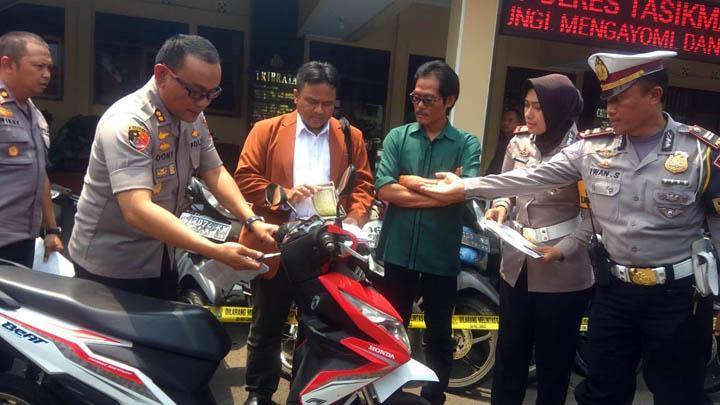 Koropak.co.id - Polisi Temukan Kasus Curanmor dan Pemalsuan SNTK  (2)