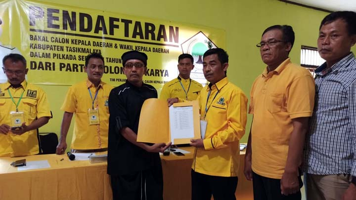 Koropak.co.id - Politikus Senior Golkar Maju ke Bursa Pencalonan Bupati Tasikmalaya (2)