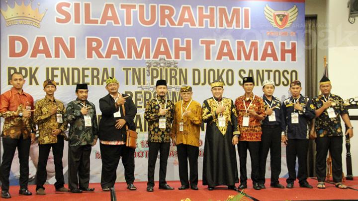 Koropak.co.id - Prabowo-Sandiaga Uno, Harapan Raja Se-Nusantara (1)