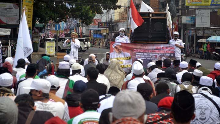 Koropak.co.id - Ratusan Massa Islam di Kota Tasikmalaya Tuntut Polisi Adili  Denny Siregar dan Budi Djarot