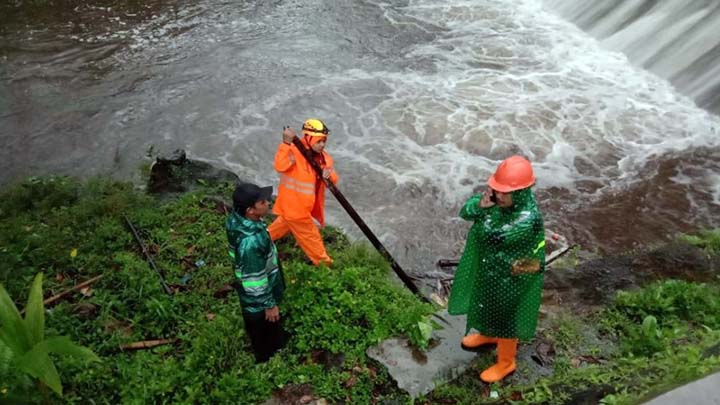 Koropak.co.id - Ratusan Siswa SMPN 1 Turi Sleman Hanyut Saat Susur Sungai