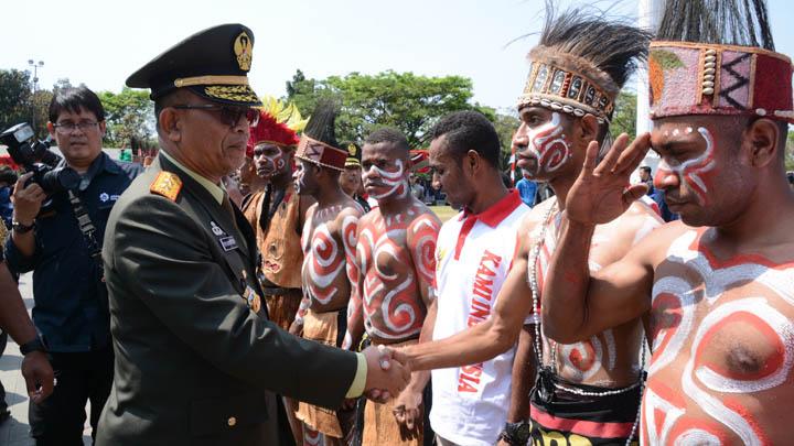 Koropak.co.id - Ratusan Warga Papua Hadir Ikuti Upacara HUT RI ke-74 di Bandung (2)